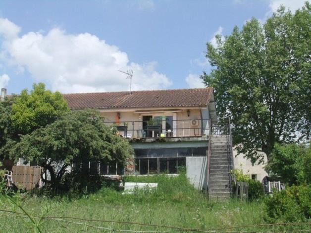 ⛱ 5 pièces 130 m² Maison de village, grande terrasse ...